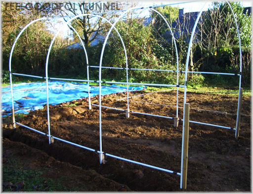 Building a polytunnel garden greenhouse